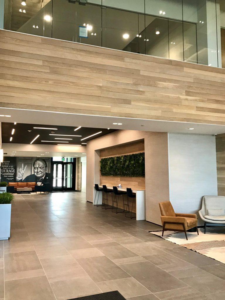 tstat-2-lobby